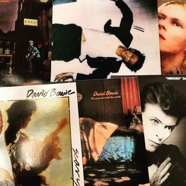 Bowie vinyl1:16